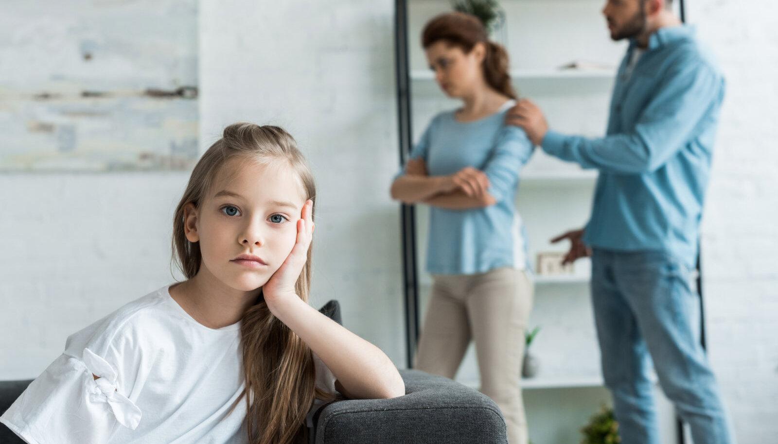 Vanemate valu vanemate naiste liigestes Kuidas eemaldada poletik ja turse