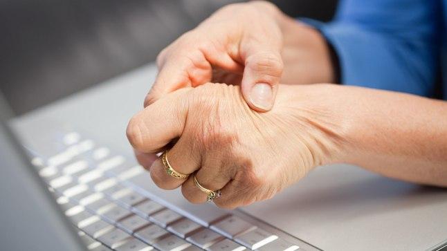 Lomiti liigesed kahjustavad kate sormed, mis voiksid olla
