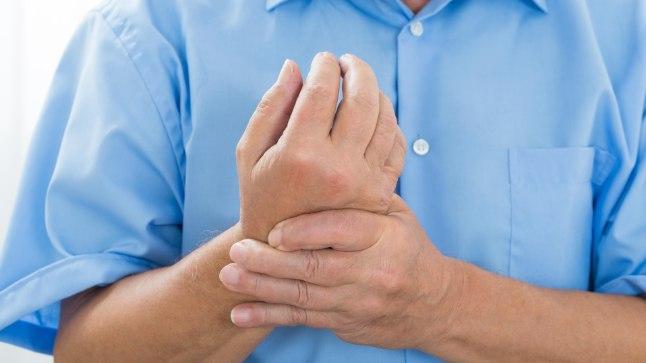 Kuidas ravida valu lihaseid ja liigeseid parast Kovidi Julged polved