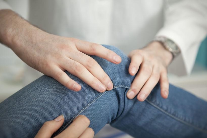 Valu sorme pohjuse liigestes Valu kuunarnuki liigestes folk oiguskaitsevahendite ravi